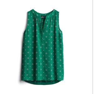 Alice Blue sleeveless green Henley blouse
